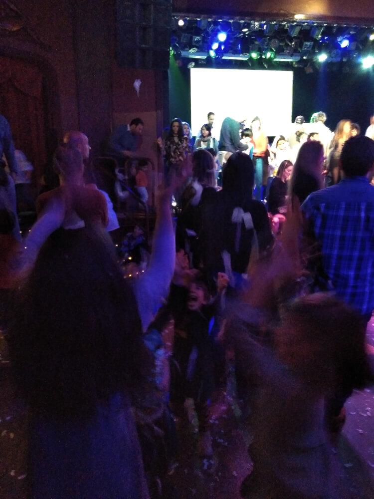 party family luz de gas barcelona 3