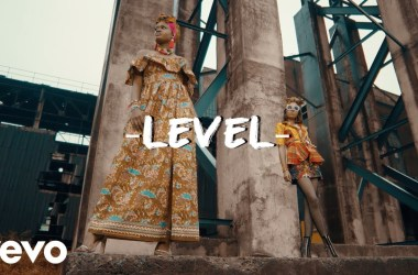Krizbeatz Ft. Sean Tizzle & Ceeboi – Level