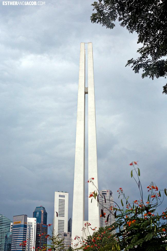 Singapore Tourist Attractions: Civilian War Memorial Singapore