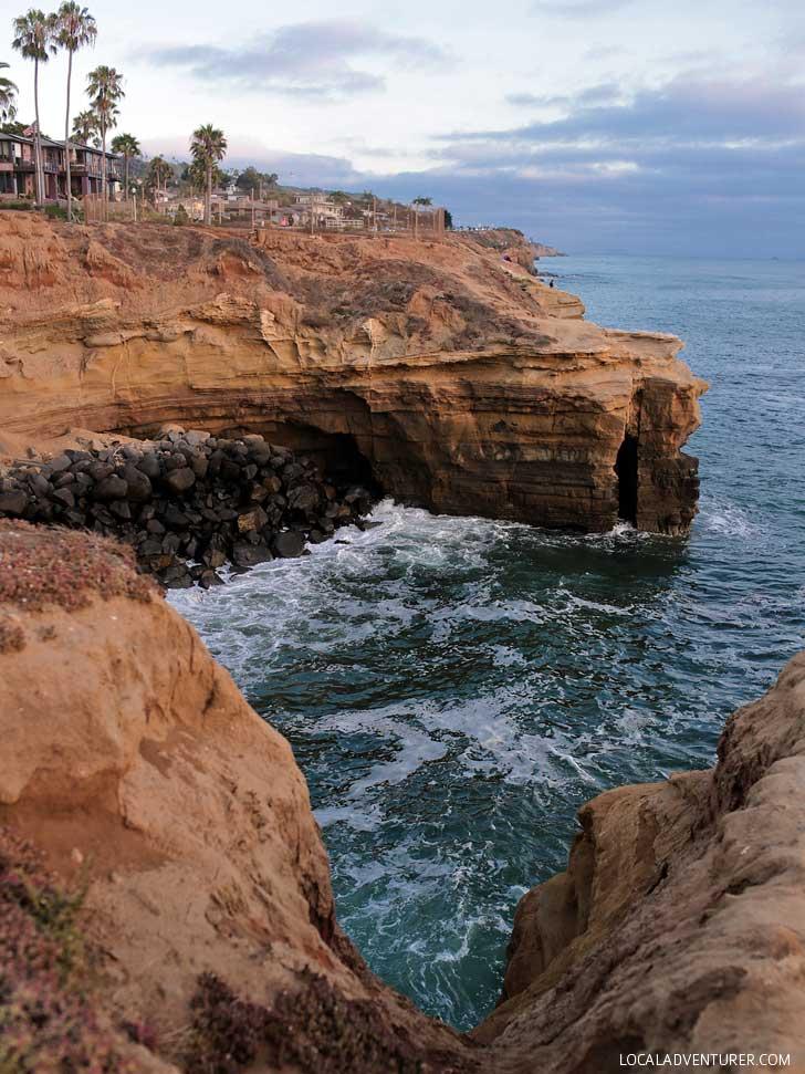 Sunset Cliffs Natural Park (13 Best Photography Spots in San Diego) // localadventurer.com