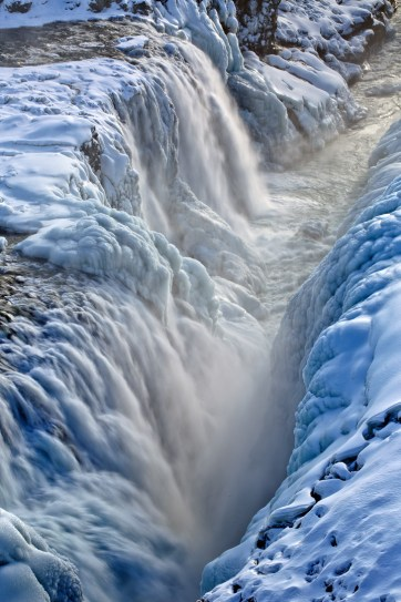 Gullfoss Waterfall - The Best Golden Circle Tour with Mountaineers of Iceland // localadventurer.com