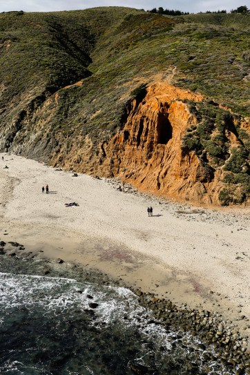 Pfeiffer Beach Big Sur California - famously known for its unique purple sand // localadventurer.com
