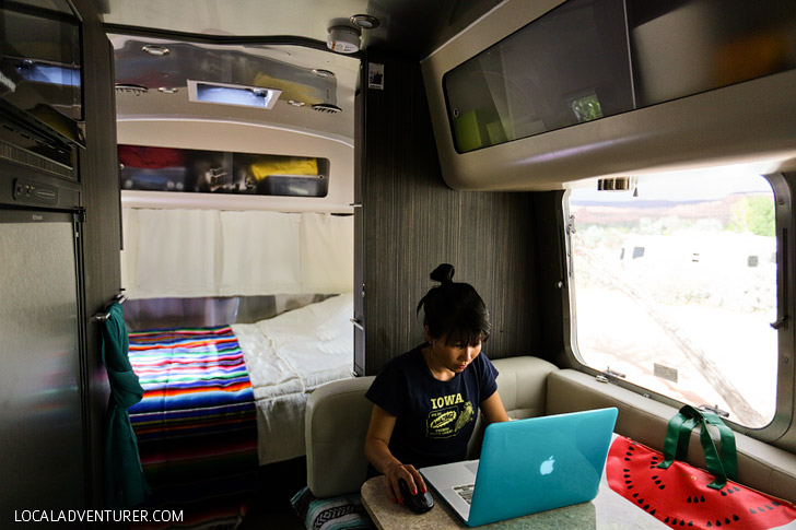 What it's Like Living in An Airstream - Tour of our Airstream International Signature 23FB // localadventurer.com