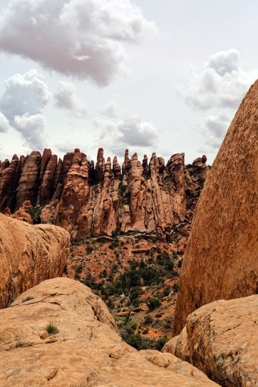 Photo Guide: Devils Garden Hike in Arches National Park // localadventurer.com