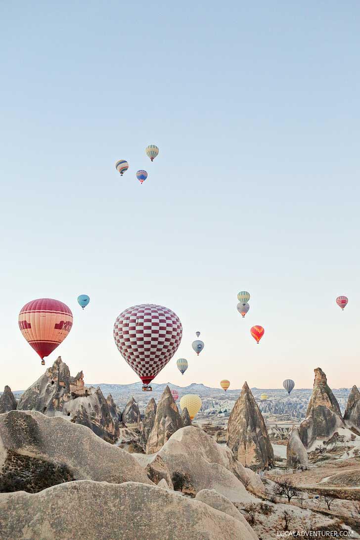 Magical Experience Riding Cappadocia Hot Air Balloons in Turkey // localadventurer.com