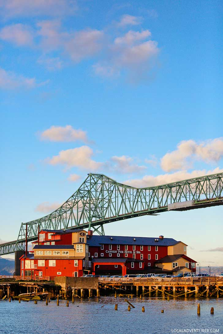 Why You Should Stay at the Cannery Pier Hotel Astoria Oregon // localadventurer.com