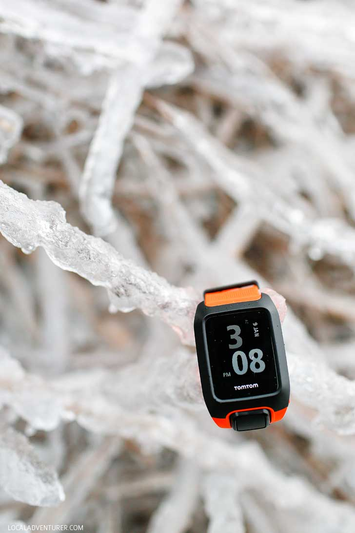 TomTom Adventurer Watch Review - It's perfect for our outdoors adventures, but find out what we liked and didn't like about it // localadventurer.com