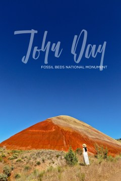 The Ultimate Guide to John Day Fossil Beds National Monument Oregon - The Painted Hills Unit is One of Oregon's 7 Wonders // localadventurer.com