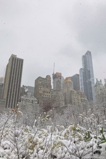 Our New York Winter Essentials + Tips on How to Survive a NYC Winter // localadventurer.com
