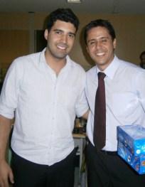 Henrique Fantaguzzi (assistente jurídico) e Michell Wilton (advogado) na Páscoa da filial jurídica Belo Horizonte