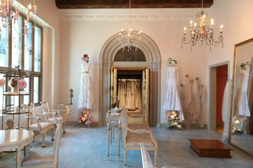 Your Guide To The Best Bridal Boutiques In Los Angeles