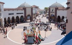 Festivities at San Clemente Outlets