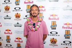 pro-surfer-rob-machado-joined-the-sheckler-foundation-at-its-9th-annual-oakley-golf-tournament
