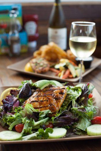 HBFishShop_Mahi Mahi Salad