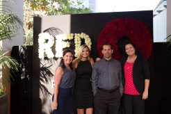 red-o-la-jolla-step-repeat-8
