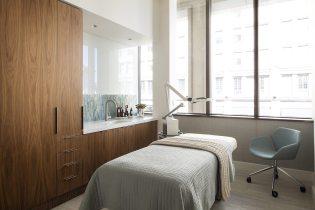 303A4612[1]_AquaVie Treatment Room_1