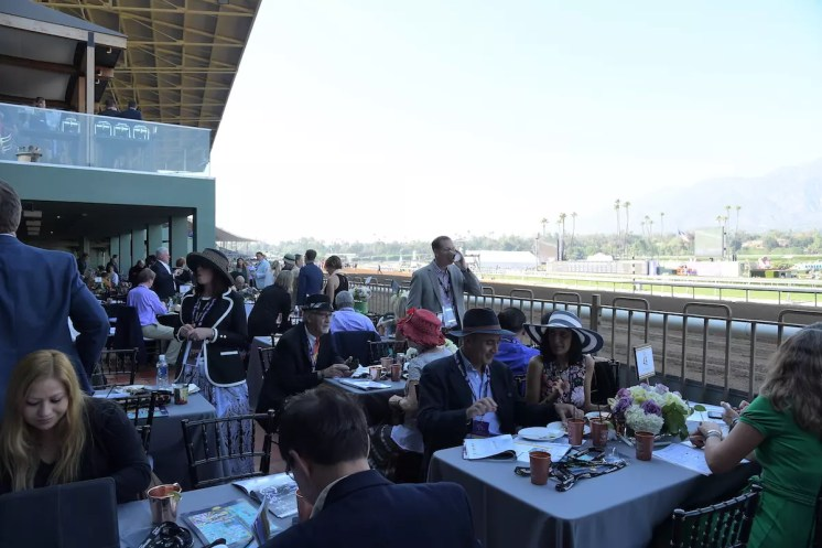 ARCADIA, CA - NOVEMBER 05: A view of the atmosphere during the 2016 Breeders' Cup World Championships at Santa Anita Park on November 5, 2016 in Arcadia, California. (Photo by Charley Gallay/Getty Images for Breeders' Cup)