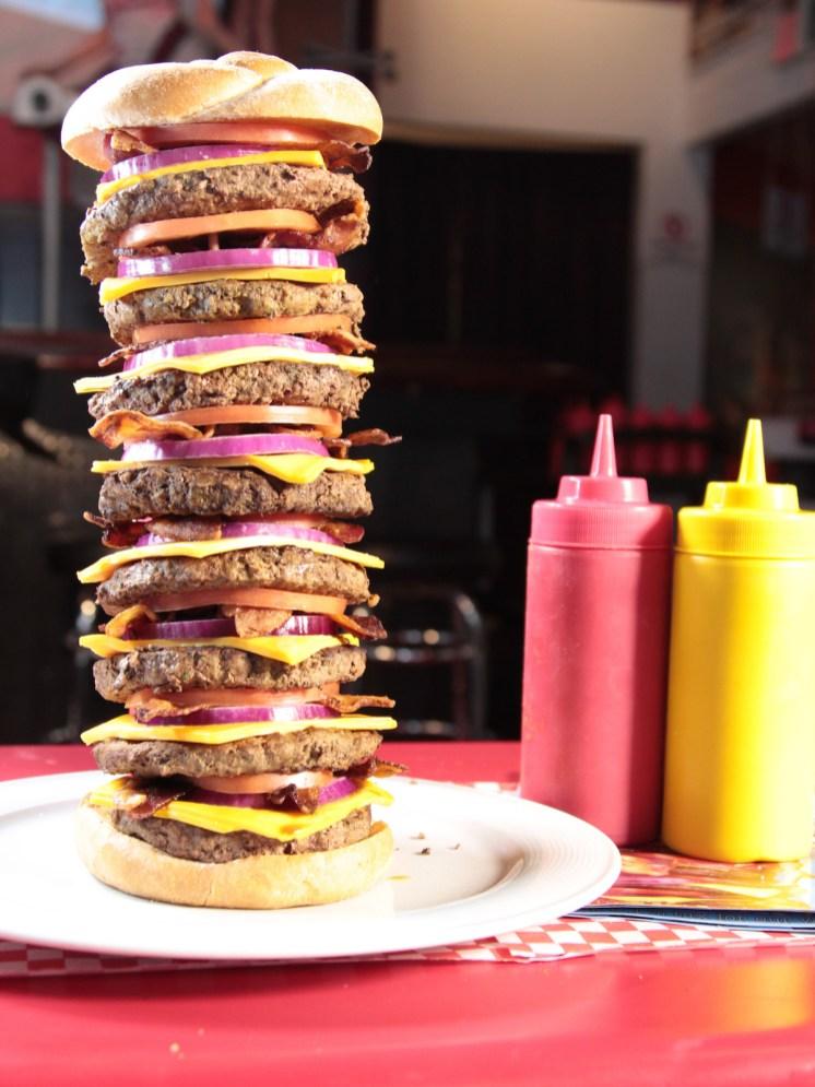 zr0102_heart-attack-grill-octuple-bypass-burger_s3x4