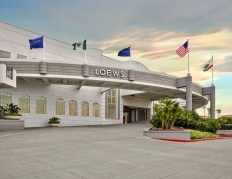 LOEWS_SD_porte_cochere_exterior_b