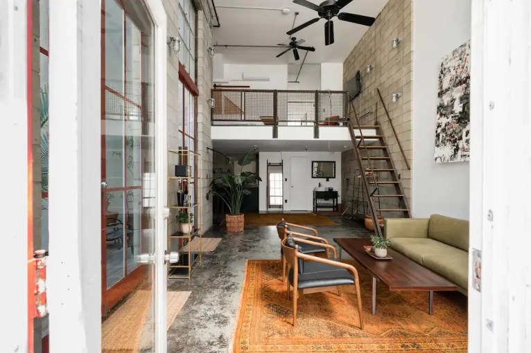 Airbnb Little Italy 1