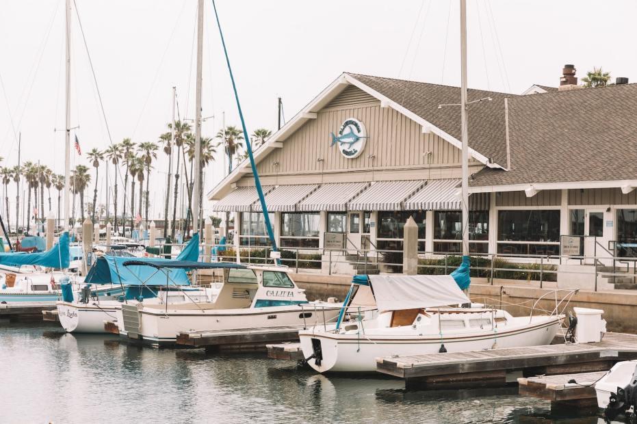 Bluewater Grill Redondo Beach at King Harbor-min