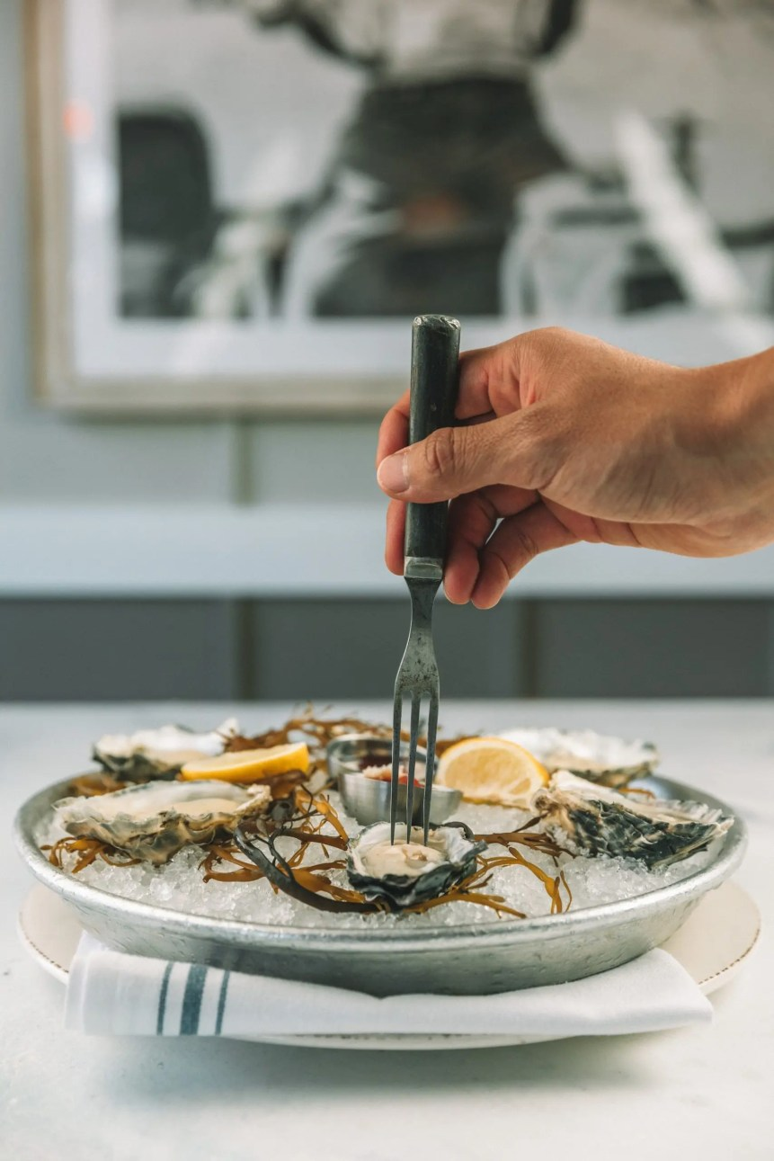 Bluewater Grill Redondo Beach_Oysters on the Half Shell-min