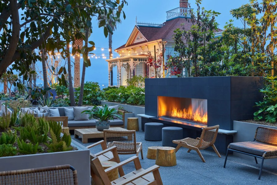 MissionPacific_SANJO-Patio-Fireplace-min