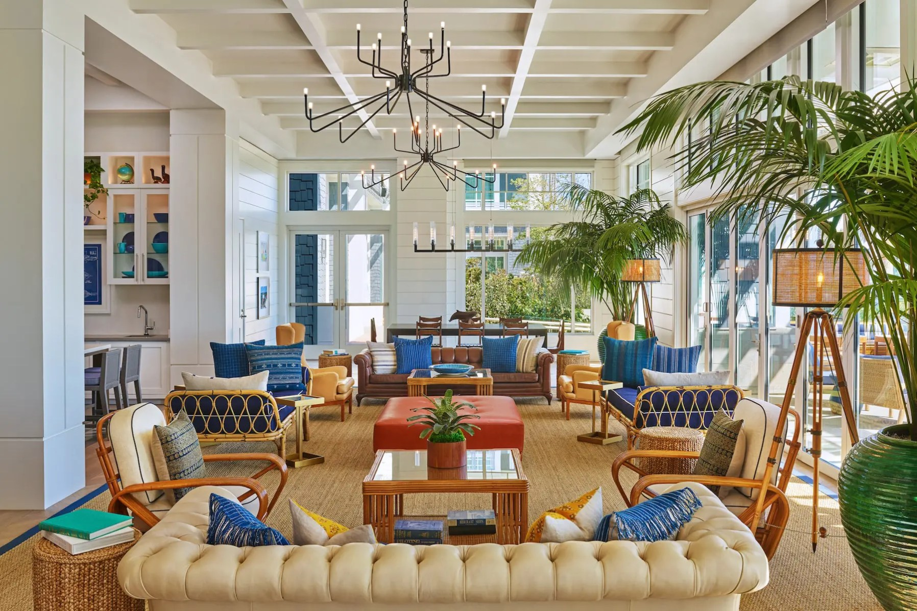 Seabird_SANDO-Shore-Room-Lounge-Area-min