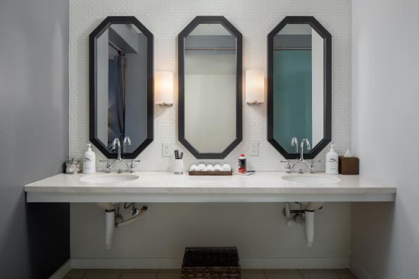 Ocean Pearl Spa_SHE_Architecture_2018_mens_bathroom-min