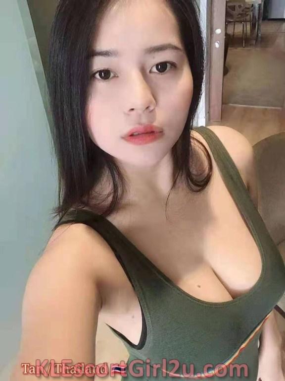 Kl Escort Sexy Papaya Type Boob - Tan