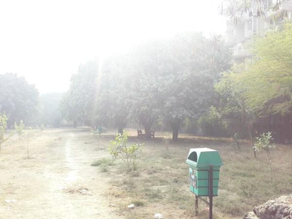 park beside bandhu vihar sector 10.jpg
