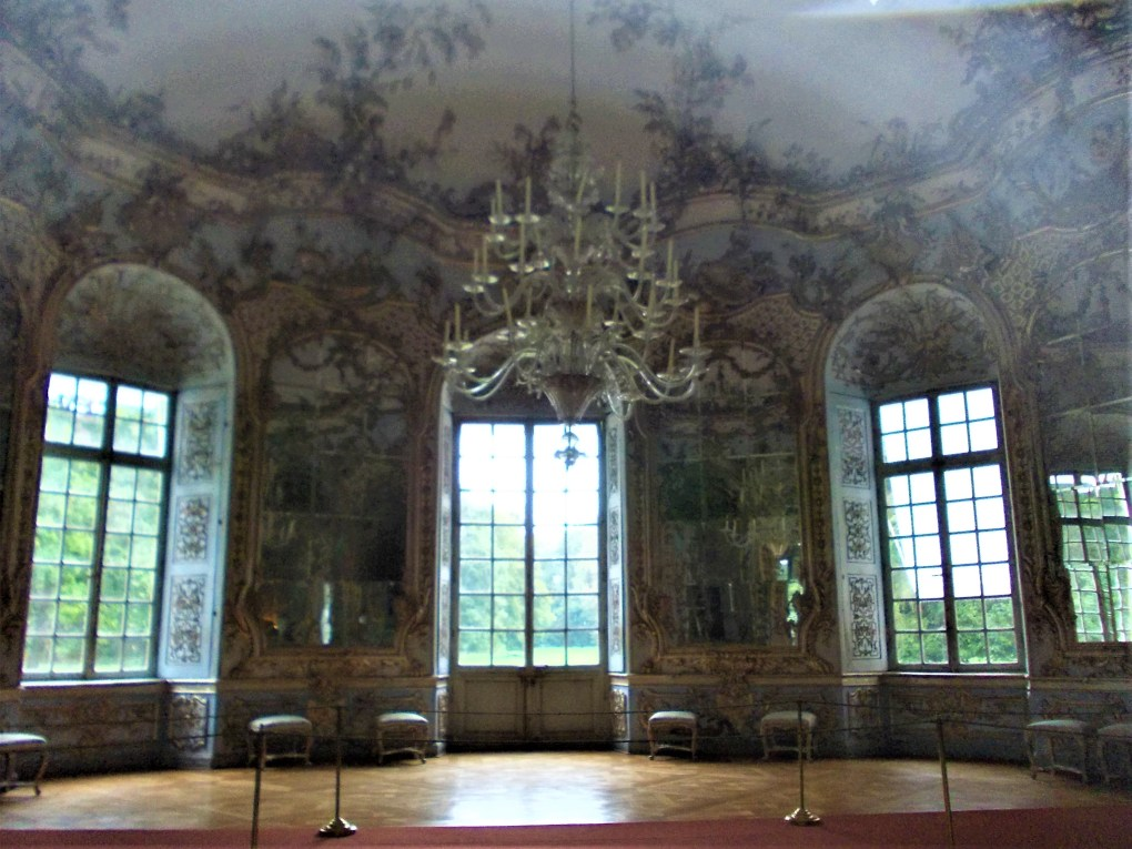 amalienburg lodge hall of mirrors