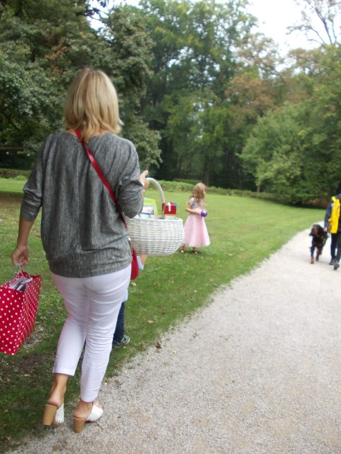nymphenburg park picnic
