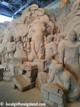 tottori-sand-museum-japan-150720