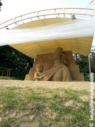 tottori-sand-museum-japan-155447