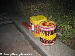 """Kids size"" firework. This is the type that children lite up. My friend's child lite these one up."