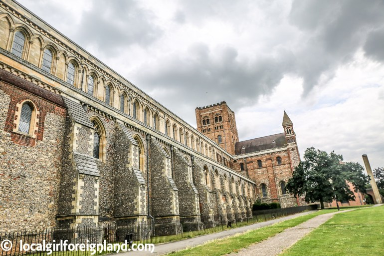 st-albans-cathedral-the-abbey-Hertfordshire-england-9261