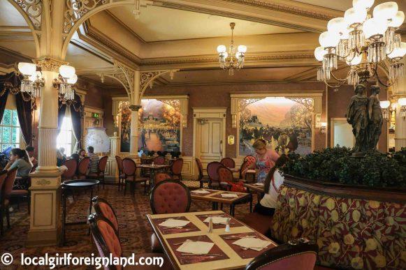 Inside Plaza Garden, Disneyland Paris