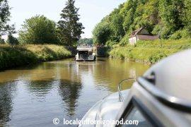 Canal du Nivernais, France