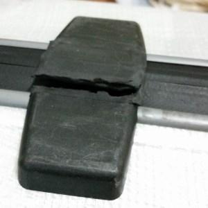 samsonite-firelite-cracked-hinge-194943