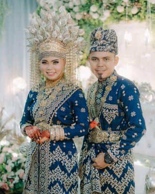 Gambar Pakaian Adat Riau : gambar, pakaian, Local, Guides, Connect, Pakaian, Melayu
