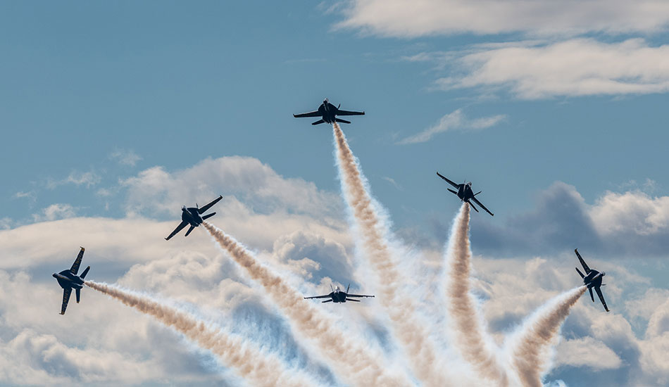 PHOTO: Flying high with the Blue Angels