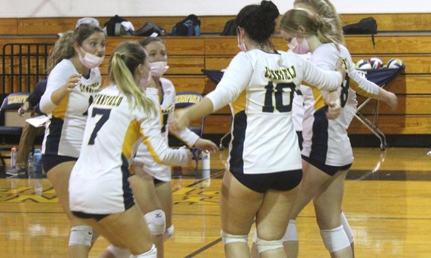 Lynnfield volleyball completes epic comeback against Reading