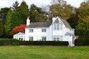 Beautiful weatherboard house, Ide Hill green