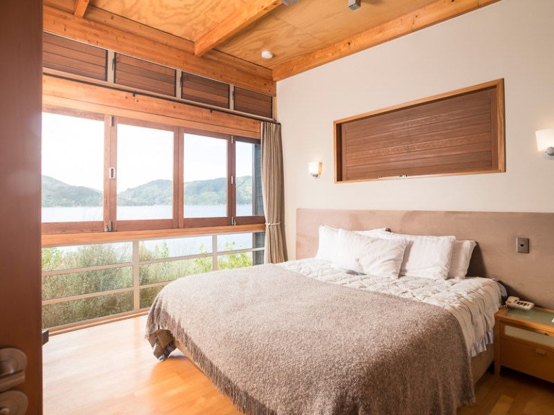 Bay of Many Coves Resort - One Bedroom Apartment
