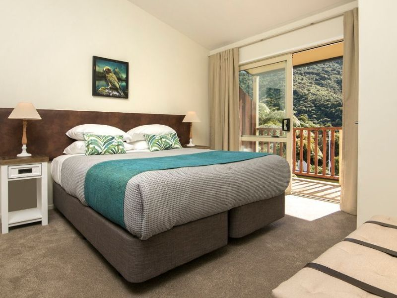 Punga Cove Frond Suite LocalLux