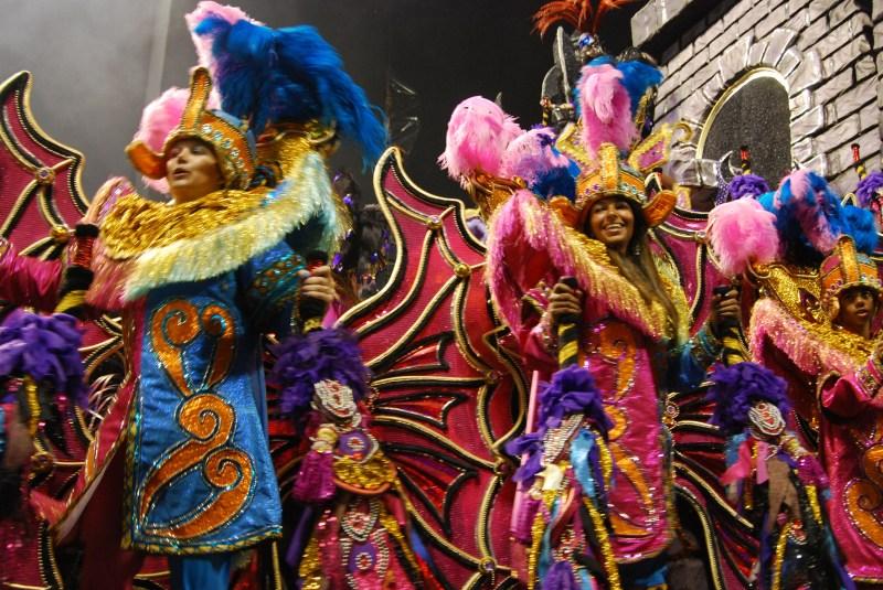 Carnaval_Sao_Paulo_Rosas_de_Ouro_2012_by_Carlos_Alkmin