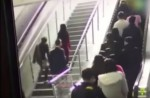 Crowded escalator in China shopping mall abruptly changes direction - 2