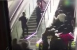 Crowded escalator in China shopping mall abruptly changes direction - 4