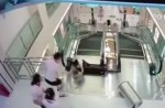 Chinese exercise extreme caution when riding escalators after mishap - 17